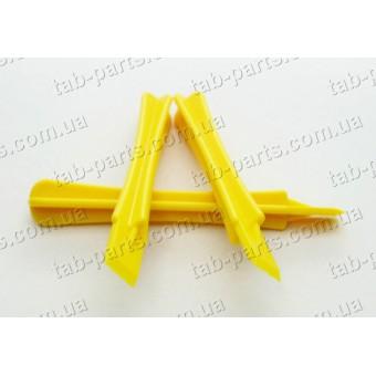 Лопатка пластиковая для разборки корпусов
